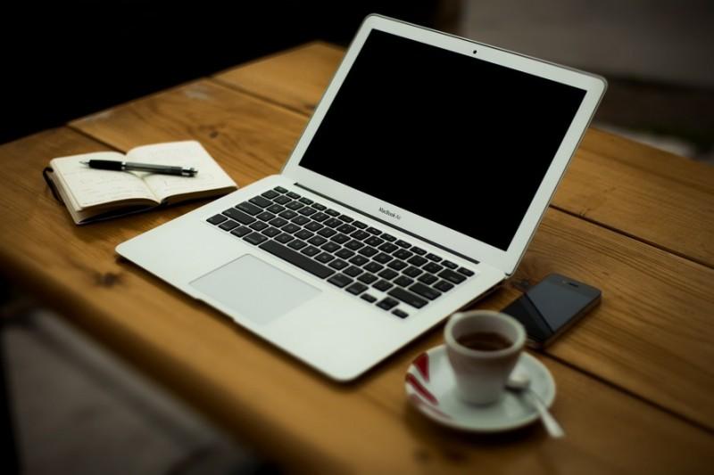 Apple Pensiunkan MacBook Air 11 Inch dan MacBook Pro?