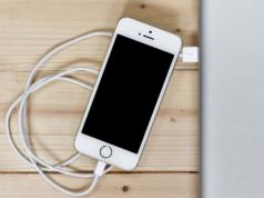 Cara Aman Mencabut iPhone dan iPad dari Komputer