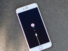 Cara Mengatasi iPhone Stuck di Logo iTunes dan Apple