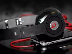 4 Headphone dan Headset Apple Terbaik di Indonesia