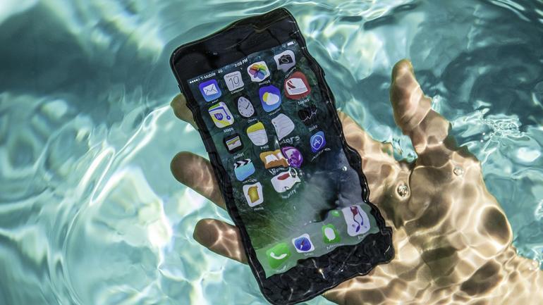iPhone 8 Akan Dilengkapi Dengan Fitur Tahan Air IP68
