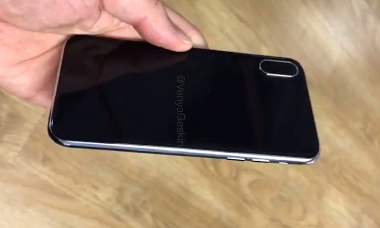Hands-On iPhone 8 Dummy dengan Bezel Stainless Steel