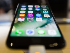 Apple Uji Sensor 3D Pengganti Touch ID di iPhone 8