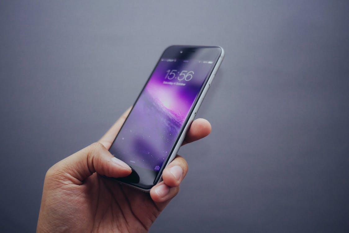 Bocoran Terbaru iPhone 8 Hadir Tanpa Tombol Home