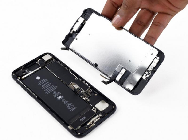 Wow! Biaya Produksi iPhone Ternyata Sangat Murah