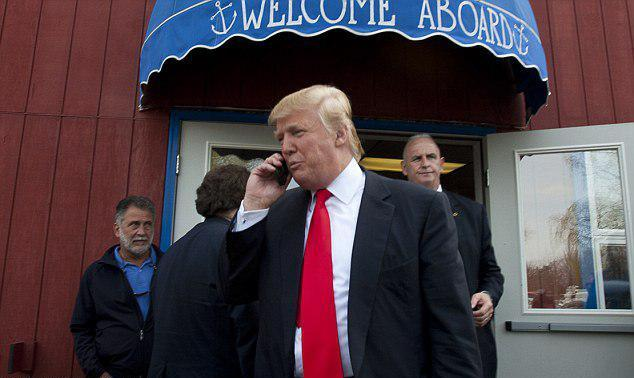 iPhone Milik Donald Trump Tidak Ada Web Browser