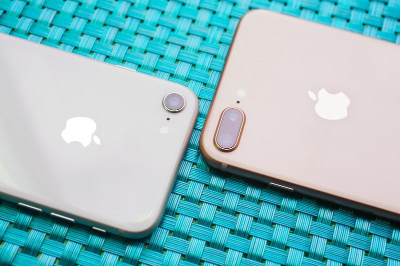 Perbedaan iPhone 8 dan iPhone 8 Plus — Mana yang Sebaiknya Dipilih?