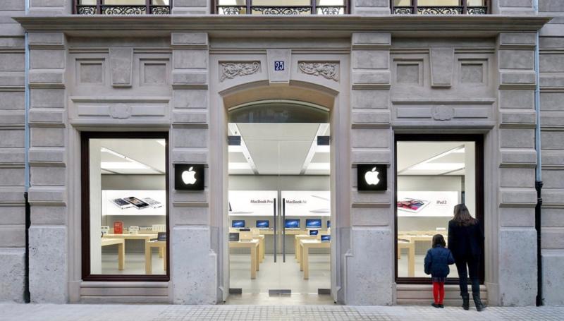 Baterai iPhone Meledak Lagi, Kini Insiden di Apple Store Spanyol