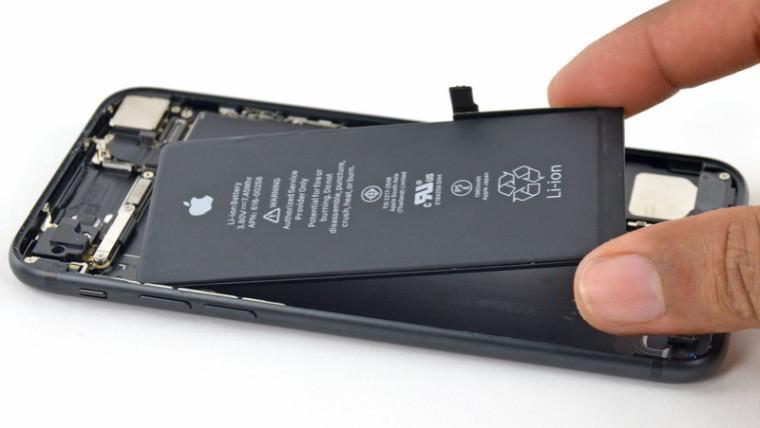 Apa Penyebab Baterai iPhone Meledak di Apple Store Kemarin?