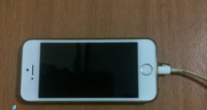 3 Bahaya Menggunakan Charger Palsu di iPhone dan iPad