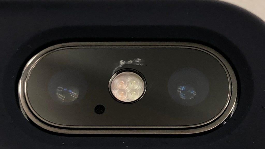 Lensa Kamera Belakang iPhone X Ternyata Gampang Rusak