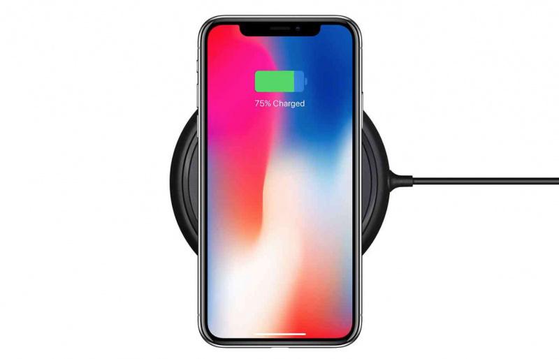iPhone Terbaru Akan Hadir Tanpa Port Lightning atau USB-C?