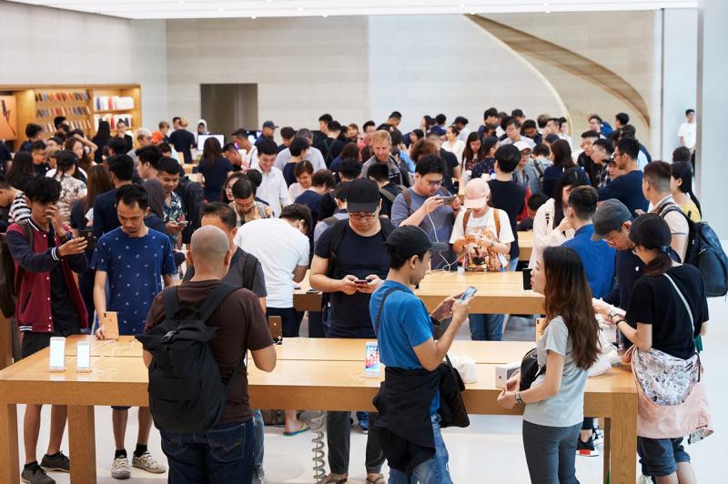 iPhone XS, iPhone XS Max, dan Apple Watch Series 4 Resmi Hadir di Apple Store Hari Ini