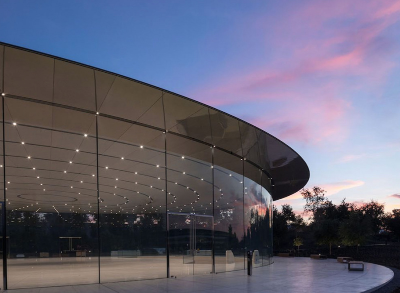Gedung Steve Jobs Theater Mendapatkan Penghargaan dari Structural Awards 2018