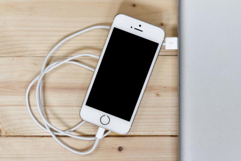 Jailbreak iPhone Makin Tak Populer, Cydia Store Tutup