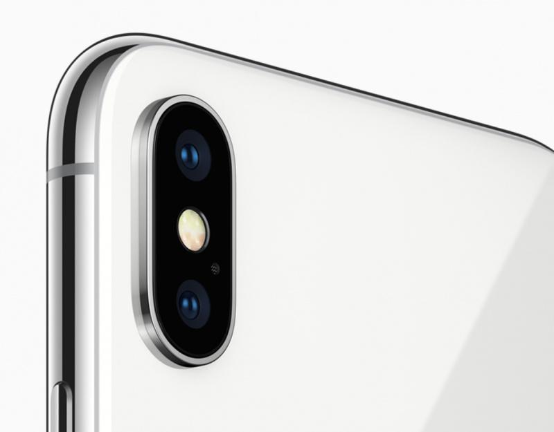 Pemasok Lensa Kamera iPhone Merugi Lebih Dari 30%