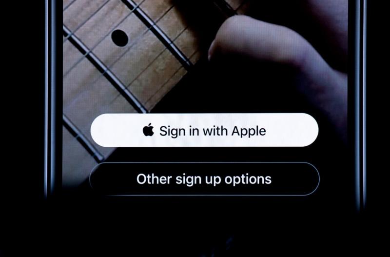 Apple Siap Lindungi Privasi Pengguna Meski Tak Ada yang Peduli