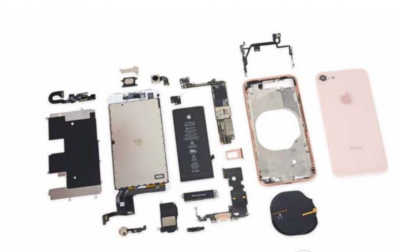 Manager Foxconn Ketahuan Jual Komponen iPhone Rusak