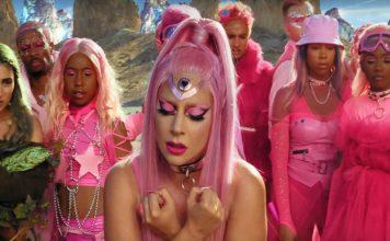 Video Klip Single Terbaru Lady Gaga Direkam Pakai iPhone