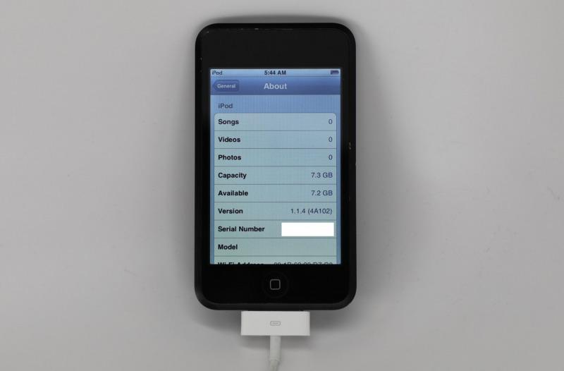 Prototype iPod Touch Hitam Mengkilat Bocor di Dunia Maya