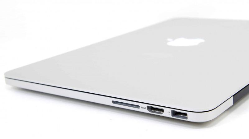 MacBook Pro Terbaru Akan Punya SD Card Reader